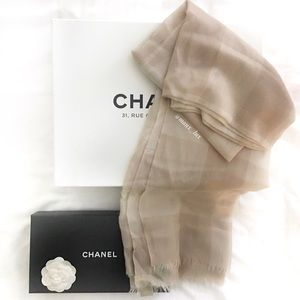Nude Burberry Check Scarf
